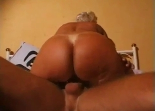 Bleached hoe gets orally drilled by her uncle